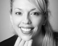 Sandra Hedenberg Headshot