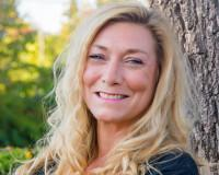 Nicole Perrin - OR Real Estate Broker Headshot