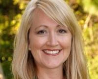 Becky Bortzfield Headshot