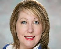 Laura Stransky Headshot