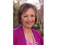 Diane Velez Headshot