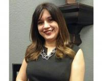 Sandra Hernandez Headshot
