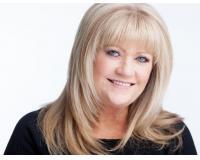 Cathy Dumas Headshot
