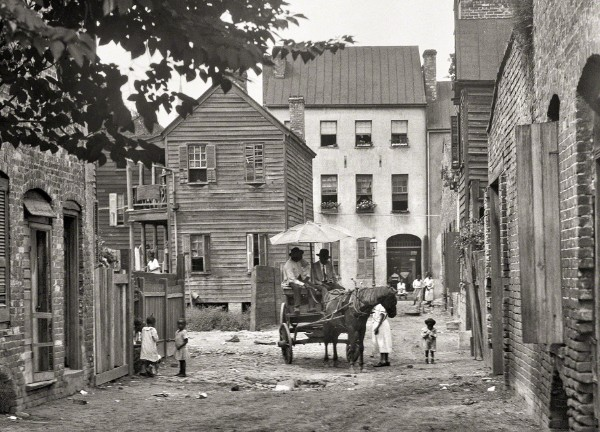 alley, charleston, Bedon's alley, street scene, horse and wagon