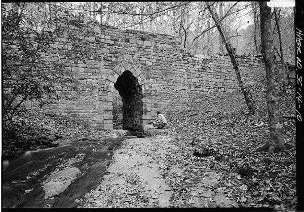 Poinsett Bridge, SC Route 42. Photo by Jack E. Boucher, 1986. HAER, LOC.