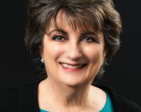 Michelle Plazek Headshot