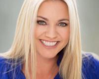 Lindsay Walters Headshot