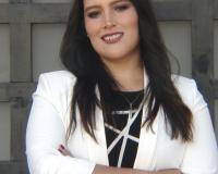 Veronica Lima Headshot