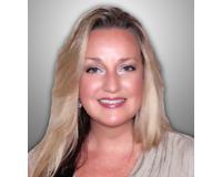 Carolyn Clark Headshot