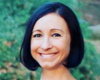 Marisa Stapleton Headshot
