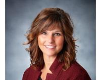 Lisa Kusbel Headshot