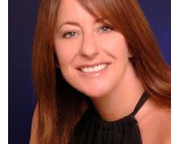 Patricia Henenfeld Headshot