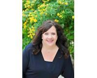 Patricia Busch Headshot