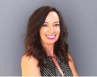 Sandra Hosker Headshot