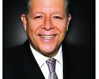 Carlos Alvarez Headshot