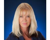 Sue Pfeiffer Headshot
