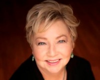 Jeanne Kayne Cal BRE # 01966863 Headshot