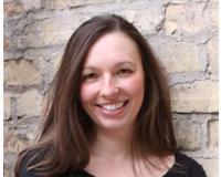 Jennifer Larson Headshot