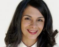 Vivian Morales Headshot