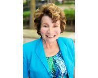Carol Pease Headshot