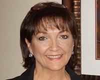 Pam Roberts Headshot