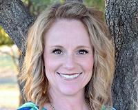 Bethany Rowan Headshot