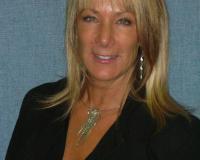 Becky Vanderveen Headshot