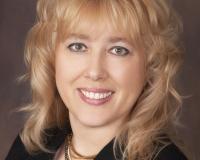 Deb Borwig Headshot