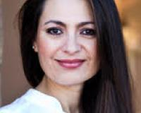 Janett Kraetz Headshot