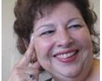 Nina Crivello Headshot