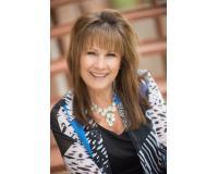 Deborah Powers Headshot