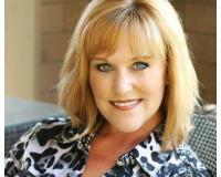 Lori K Lewis Headshot