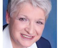 Andrea Dugan Headshot