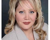 Paula Donato Headshot