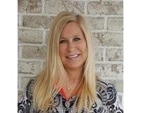 Susan Zabrecky Headshot