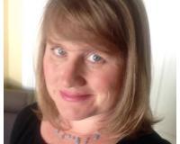 Cynthia Schonberger Headshot