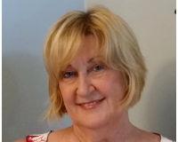 Rae Harless Headshot