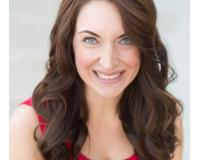 Carlie Goulet Headshot