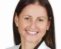 Kati Gyulai Headshot