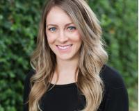 Stephanie Hunter Headshot