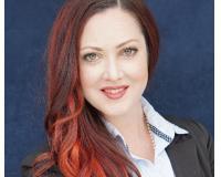 Melissa Marth Headshot