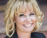 Yolanda Kyle Headshot