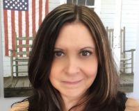 Donna Kunie Headshot
