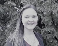 Jessica Fichmann Headshot