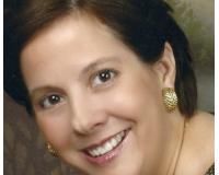 Tina Herrmann Headshot