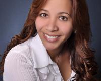 Maria Flores Headshot
