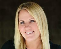 Carrie Pietrowski Headshot
