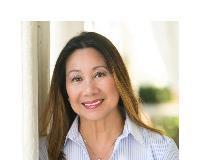 Cristina Comstock Headshot