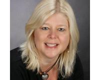 Debbie Bertelson Headshot