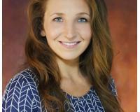 Katie Kunzer Headshot